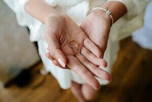 איך לבחור את היהלום הנכון ברכישת טבעת אירוסין