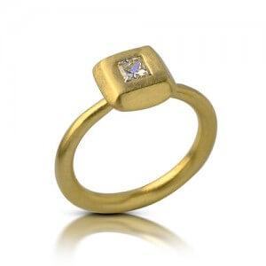 טבעת אירוסין עמק לבן - RDY0326